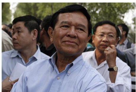 Tinh hinh Campuchia ha nhiet truoc chuyen tham cua ong Tap - Anh 1