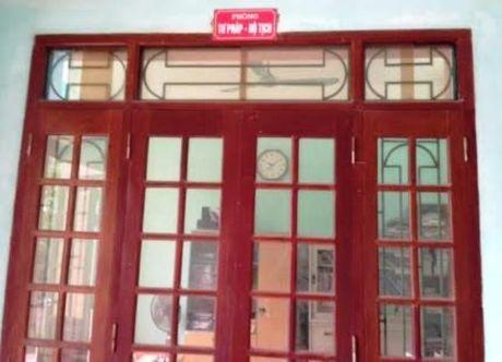 Thanh Hoa: Ca UBND phuong dong cua lien hoan trong gio hanh chinh - Anh 1