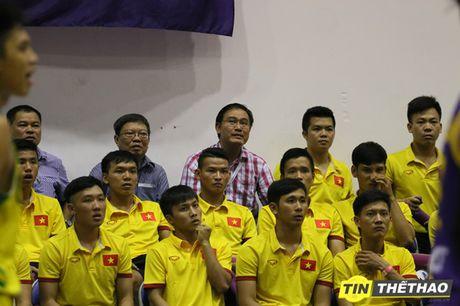DT Futsal Viet Nam an mung chien thang cung doi bong ro HCMC Wings - Anh 4