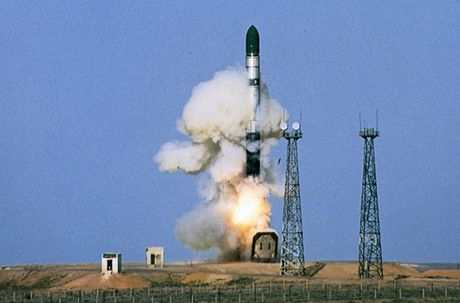 Kinh hoang: Ten lua dan dao Sarmat Nga ban xa 17.000km - Anh 4