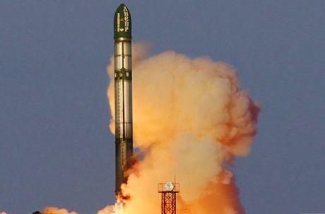 Kinh hoang: Ten lua dan dao Sarmat Nga ban xa 17.000km - Anh 8