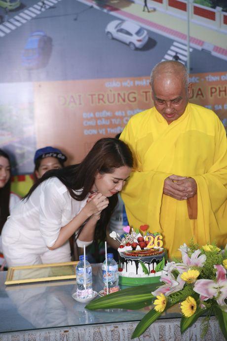 Mo Phan mung sinh nhat thu 26 cung nguoi ngheo - Anh 12