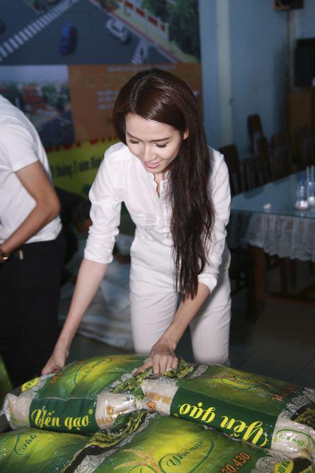 Mo Phan mung sinh nhat thu 26 cung nguoi ngheo - Anh 2