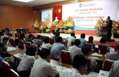 Khoa Quoc te - Dai hoc Thai Nguyen khai giang nam hoc moi - Anh 1