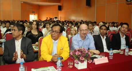 Khoa Quoc te - Dai hoc Thai Nguyen khai giang nam hoc moi - Anh 5