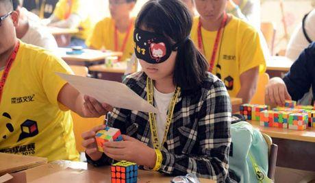 Rubik bung no tai Trung Quoc - Anh 1