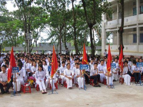 Truong Trung hoc pho thong Nam Sach – Hai Duong: Tu hao danh hieu tap the lao dong xuat sac - Anh 1