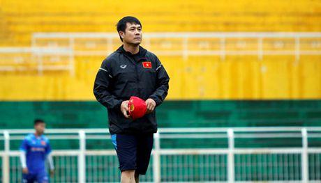 'Doi tuyen Viet Nam hien tai chua manh bang thoi vo dich AFF Cup 2008' - Anh 2