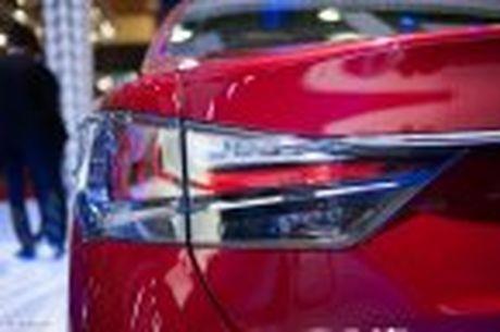 Lexus ra mat GS 200t, dong co tang ap 2.0 241 ma luc, gia 3,13 ti dong - Anh 21