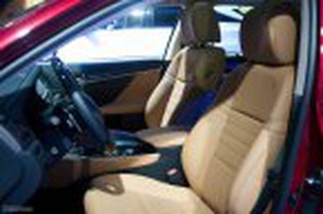 Lexus ra mat GS 200t, dong co tang ap 2.0 241 ma luc, gia 3,13 ti dong - Anh 24
