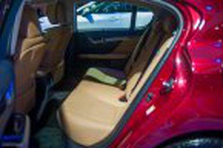 Lexus ra mat GS 200t, dong co tang ap 2.0 241 ma luc, gia 3,13 ti dong - Anh 27