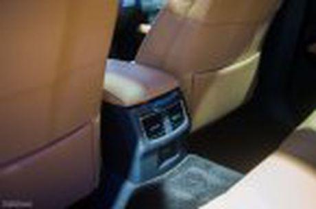 Lexus ra mat GS 200t, dong co tang ap 2.0 241 ma luc, gia 3,13 ti dong - Anh 28