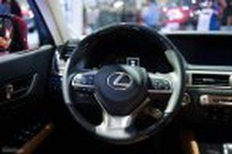 Lexus ra mat GS 200t, dong co tang ap 2.0 241 ma luc, gia 3,13 ti dong - Anh 30