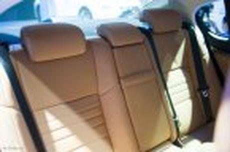 Lexus ra mat GS 200t, dong co tang ap 2.0 241 ma luc, gia 3,13 ti dong - Anh 41