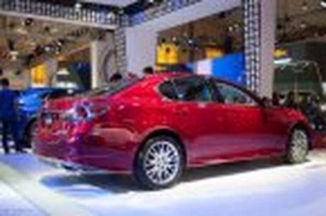 Lexus ra mat GS 200t, dong co tang ap 2.0 241 ma luc, gia 3,13 ti dong - Anh 45