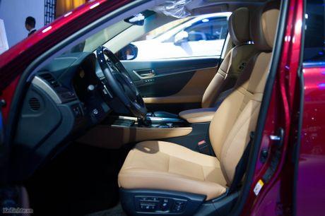 Lexus ra mat GS 200t, dong co tang ap 2.0 241 ma luc, gia 3,13 ti dong - Anh 7