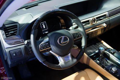 Lexus ra mat GS 200t, dong co tang ap 2.0 241 ma luc, gia 3,13 ti dong - Anh 8