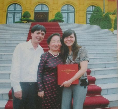 Chuyen tinh dep kho tin (19): Cach yeu cua cap vo chong 'khong am thanh' - Anh 2
