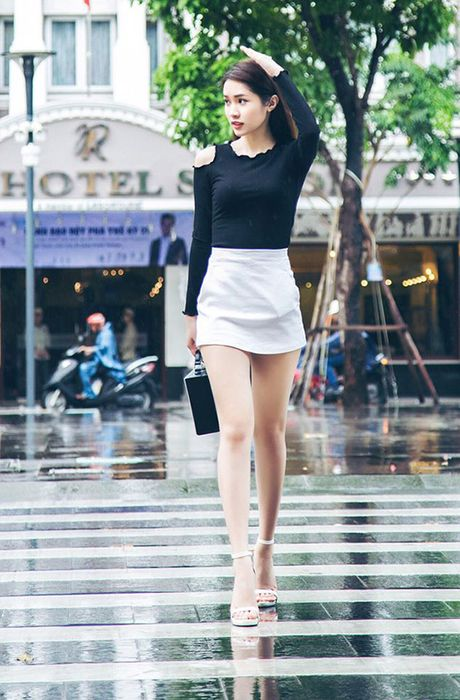 Sao Viet 6/10: Chi Pu di an voi Ji Yeon, Tam Tit ngoi an van deo kinh ram, doi mu - Anh 7