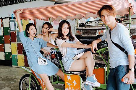 Sao Viet 6/10: Chi Pu di an voi Ji Yeon, Tam Tit ngoi an van deo kinh ram, doi mu - Anh 9