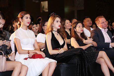 Chan lay khan lam ao, Huong Giang Idol dien dam cat xe tao bao - Anh 7
