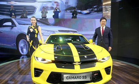 Can canh chiec sieu xe gia re 'sang chanh' Chevrolet Camaro SS 2016 - Anh 1