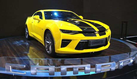 Can canh chiec sieu xe gia re 'sang chanh' Chevrolet Camaro SS 2016 - Anh 2