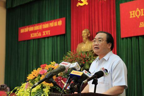 Bi thu Ha Noi yeu cau phai tim ra nguyen nhan ca chet o Ho Tay - Anh 1