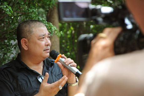 Cac nghe si khoc- cuoi ben mo Le Cong Tuan Anh  - Anh 14