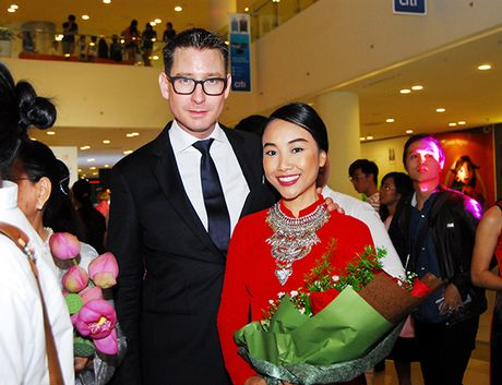 Doan Trang lo so chong se khoc khi dong canh hon - Anh 3