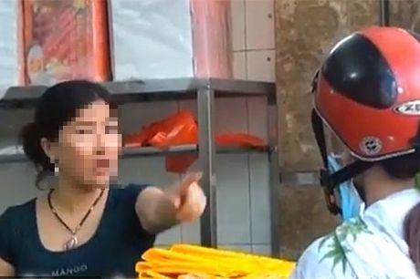 'Bun mang, chao chui' Ha Noi len CNN: Nguoi ban vo van hoa, khong le nguoi an khong biet nhuc? - Anh 2