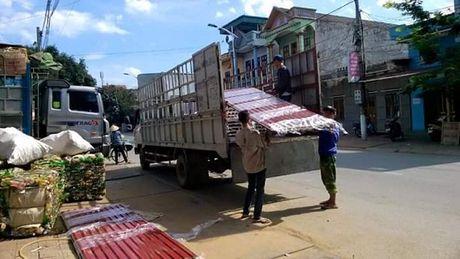 Xu ly 1.948 truong hop xe cho hang cong kenh - Anh 3