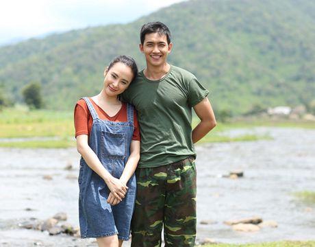 Angela Phuong Trinh tinh tu nam tay Vo Canh di dao - Anh 2