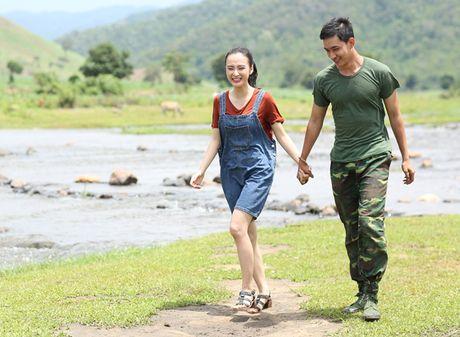 Angela Phuong Trinh tinh tu nam tay Vo Canh di dao - Anh 3