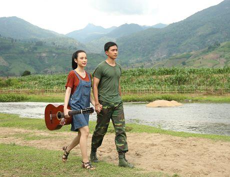 Angela Phuong Trinh tinh tu nam tay Vo Canh di dao - Anh 4