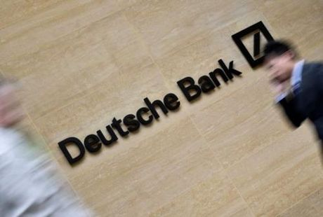 IMF phe phan mo hinh hoat dong cua ngan hang Duc Deutsche Bank - Anh 1