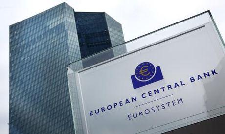 ECB co the se tiep tuc giu lai suat o muc thap - Anh 1
