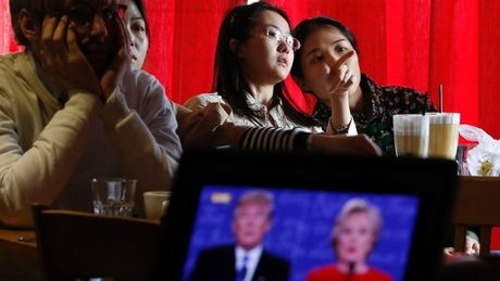 Nguoi Trung Quoc thich Clinton hon Trump - Anh 1