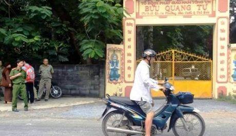 Lam ro dong co vu tan cong bang dao o chua khien 4 nguoi thuong vong - Anh 1