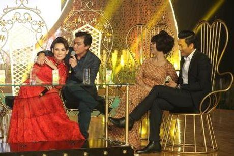 Phi Nhung khong tha 'chat chem' Manh Quynh du duoc cham soc tinh tu - Anh 5