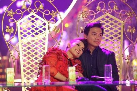 Phi Nhung khong tha 'chat chem' Manh Quynh du duoc cham soc tinh tu - Anh 6