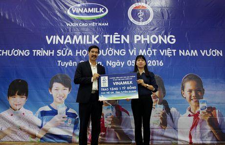 'Sua hoc duong' den voi tre em 14 tinh kho khan - Anh 6