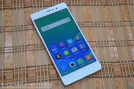 Smartphone selfie, RAM 3 GB, gia 4,49 trieu dong tai Viet Nam - Anh 20