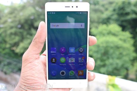 Smartphone selfie, RAM 3 GB, gia 4,49 trieu dong tai Viet Nam - Anh 21