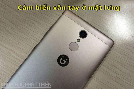 Smartphone selfie, RAM 3 GB, gia 4,49 trieu dong tai Viet Nam - Anh 7