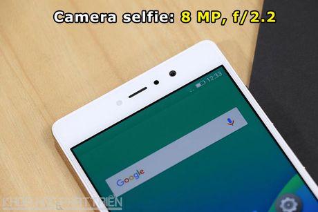 Smartphone selfie, RAM 3 GB, gia 4,49 trieu dong tai Viet Nam - Anh 8