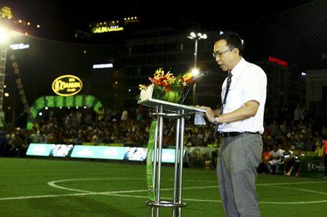 Lo dien nha vo dich Cup Bia Saigon 2016 - Anh 1