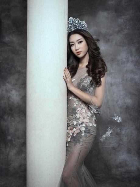 Ngam Hoa hau My Linh ma mi, quyen ru - Anh 8
