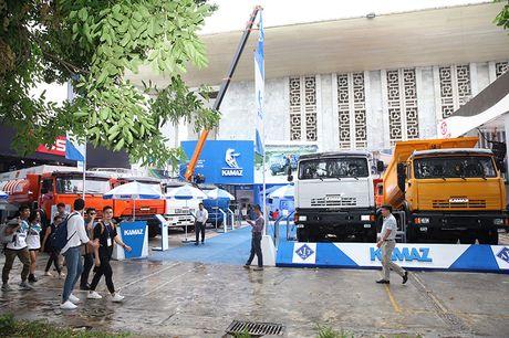 Vietnam Motor Show 2016: Kamaz 'mot thoi vang bong' tro lai Viet Nam - Anh 2