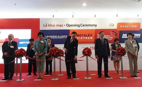 TP.HCM: Khai mac dong loat 4 trien lam cong nghiep ho tro - Anh 1